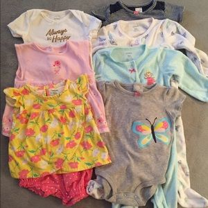 EUC Bundle of Carter's Baby Clothes